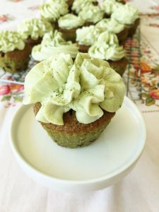 Matcha-Schoko Cupcakes